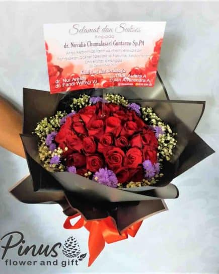 Hand Bouquet 001
