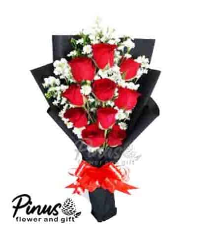 Home Hand Bouquet - Black Majestic