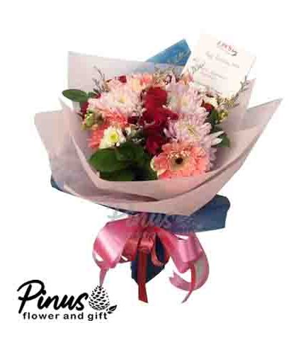 Home Hand Bouquet - Rose Sweet Serenity